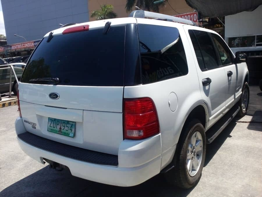 2005 Ford Explorer - Rear View