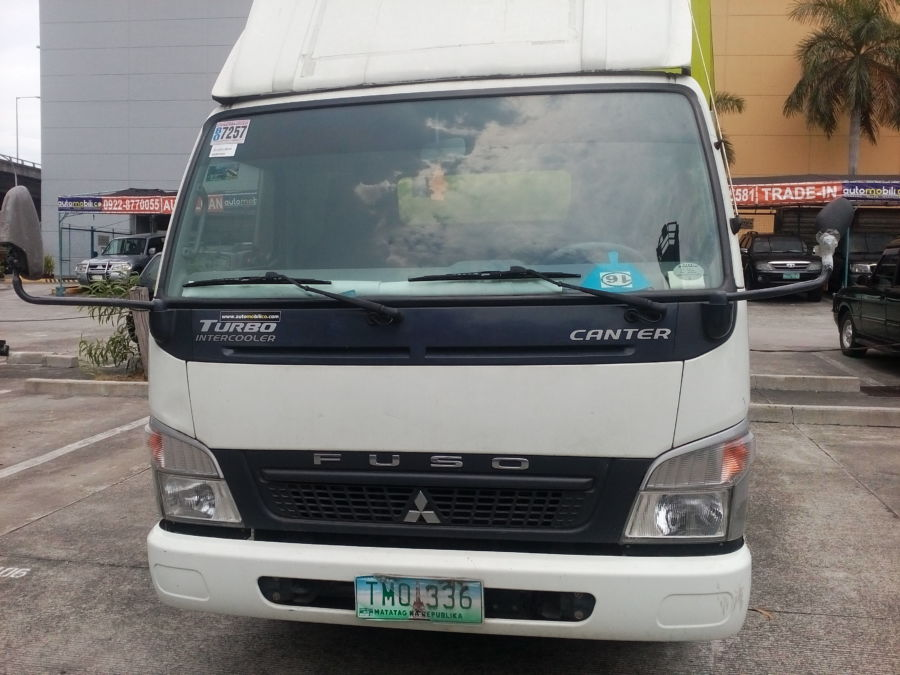 2012 Mitsubishi Canter - Front View