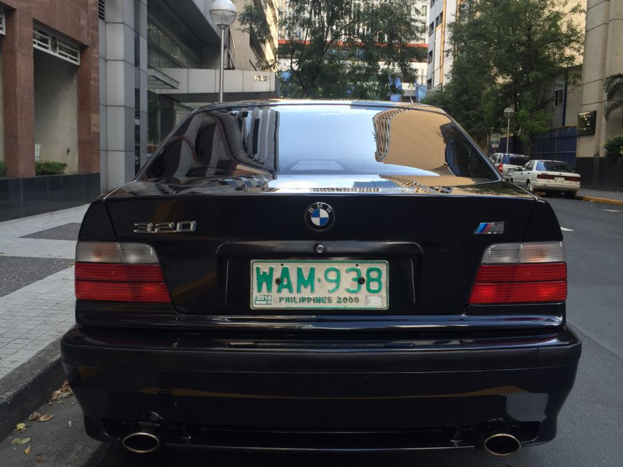 1997 BMW 320i - Rear View