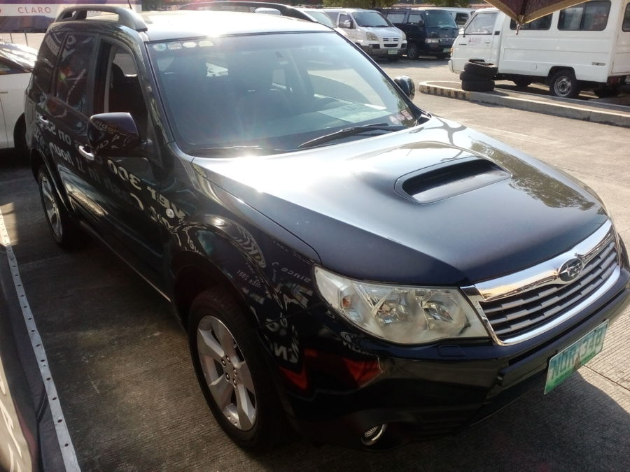 2011 Subaru Forester - Right View