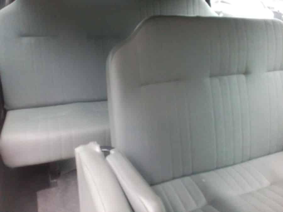 2015 Mitsubishi L300 - Interior Rear View