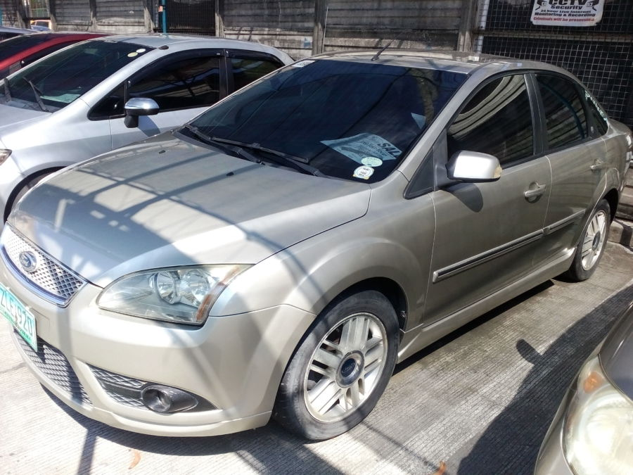 2007 Ford Focus - Left View