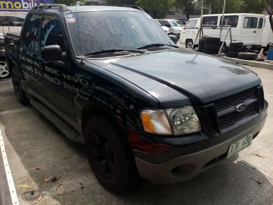 2003 Ford Explorer Sport Trac - Right View