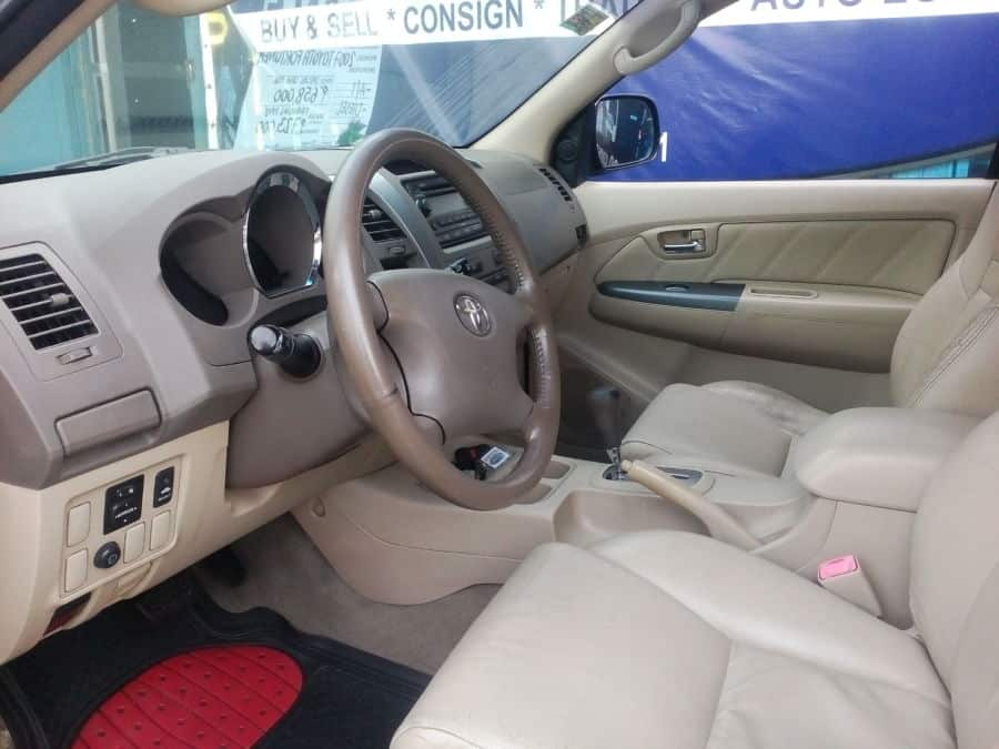 2007 Toyota Fortuner - Interior Front View
