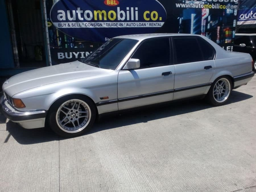 1992 BMW 750 - Left View