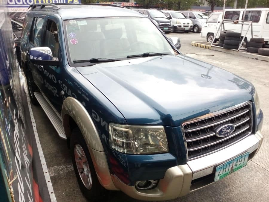 2007 Ford Everest - Right View