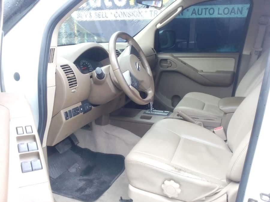 2012 Nissan Navara - Interior Front View