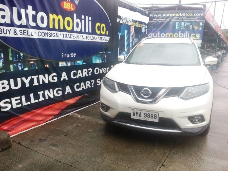 2014 Nissan X-Trail - Front View
