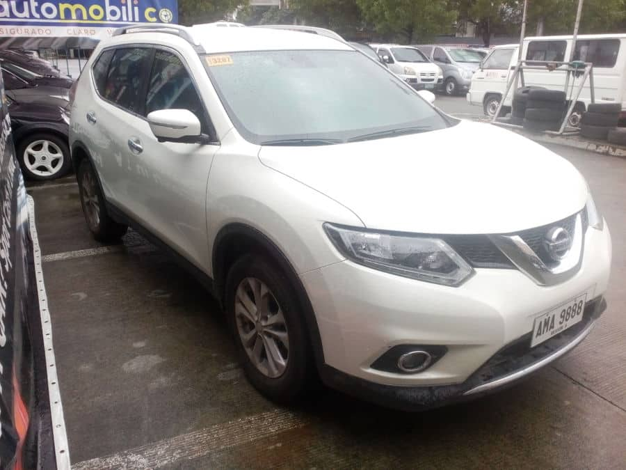 2014 Nissan X-Trail - Right View