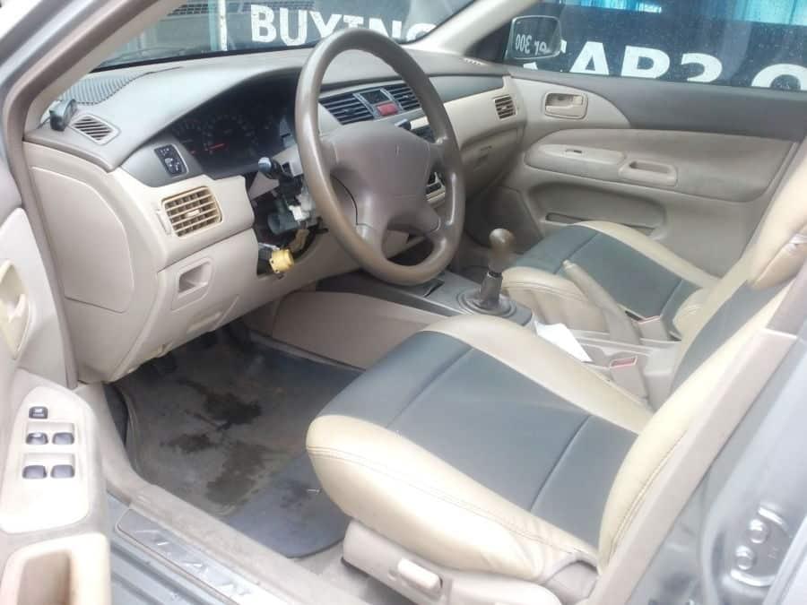 2003 Mitsubishi Lancer - Interior Front View