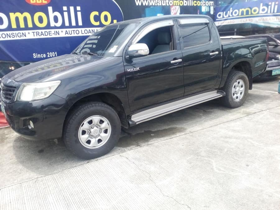 2012 Toyota Hilux - Left View