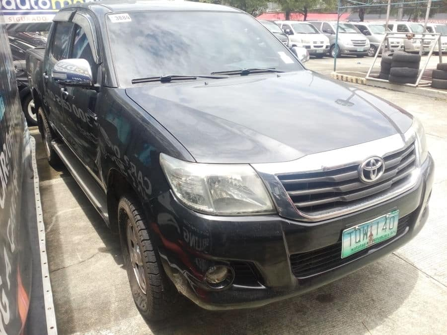 2012 Toyota Hilux - Right View