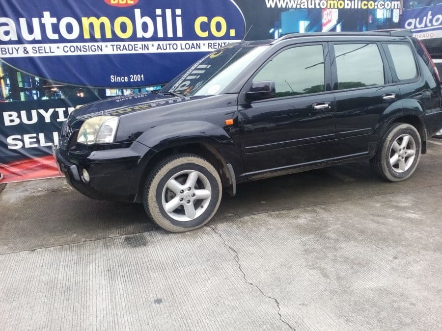 2006 Nissan X-Trail - Left View