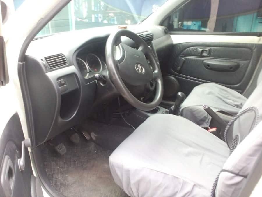 2010 Toyota Avanza - Interior Front View