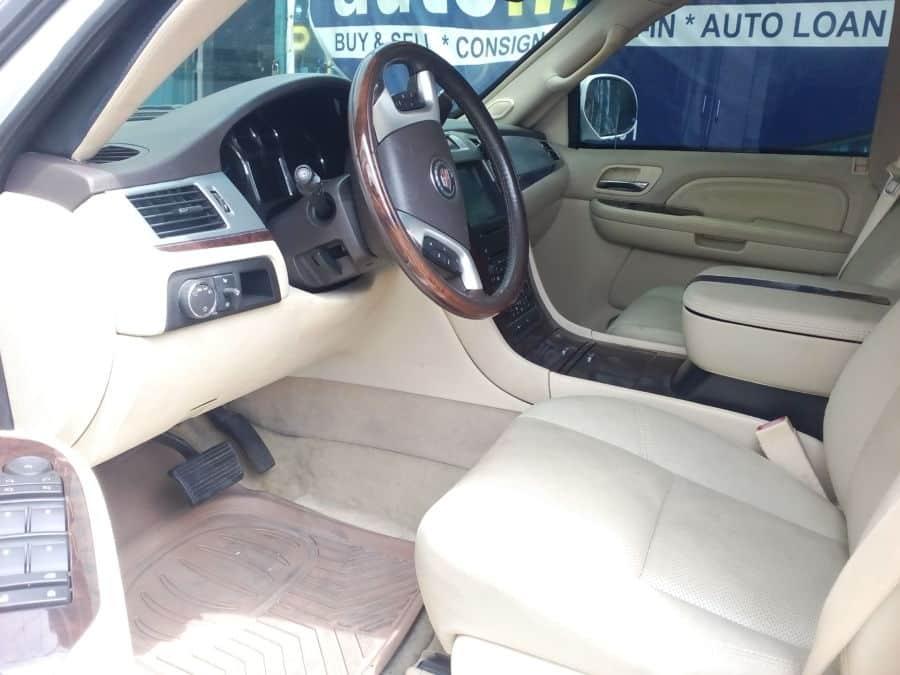 2007 Cadillac Escalade - Interior Front View