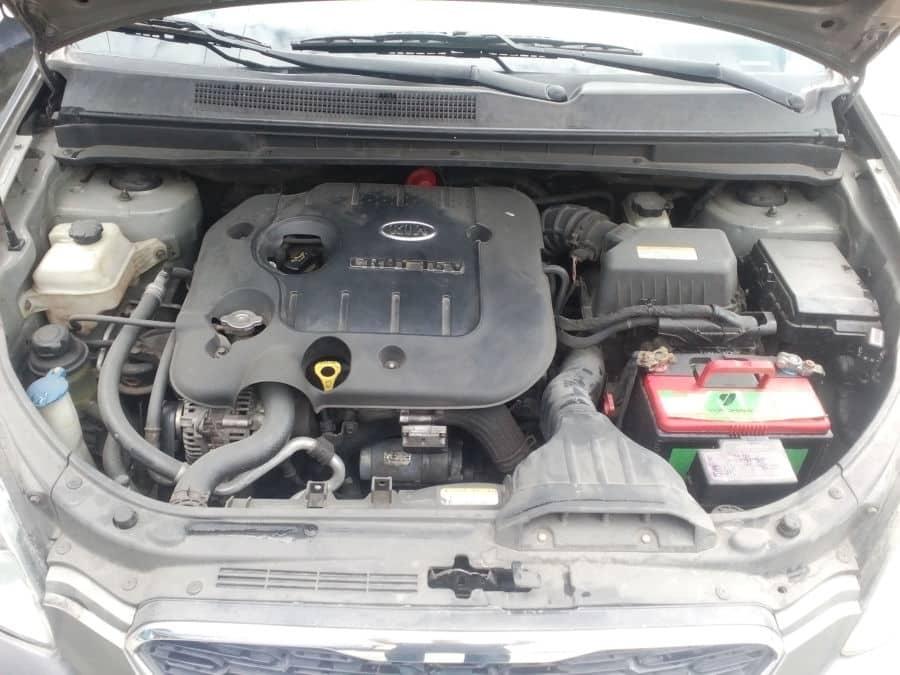 2011 Kia Carens - Interior Rear View