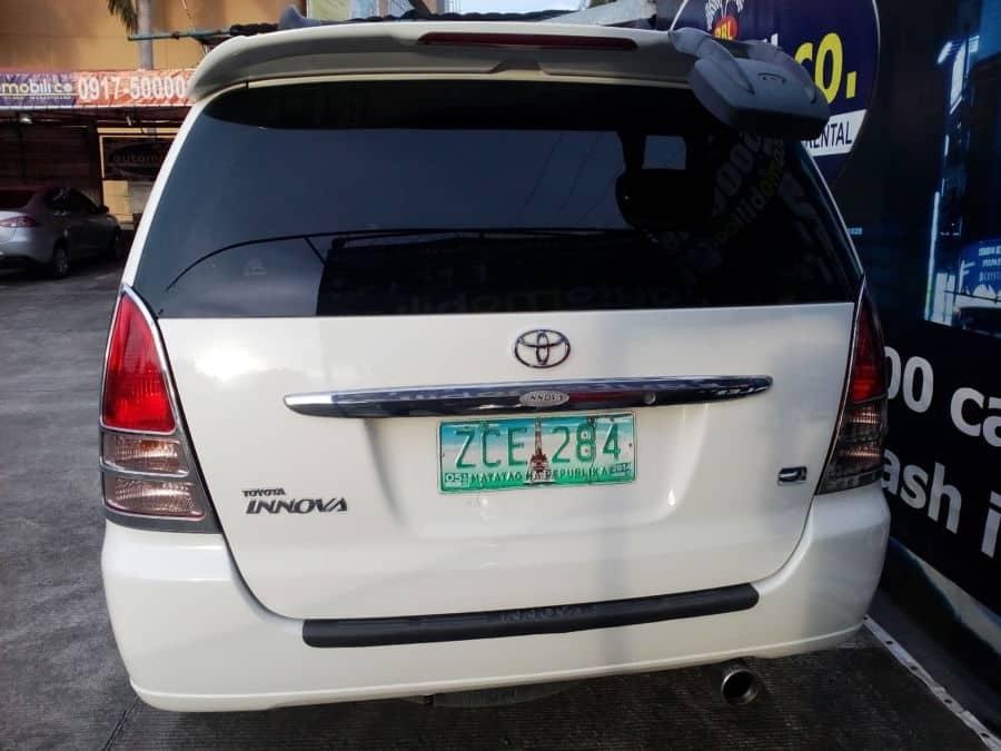 2006 Toyota Innova J - Rear View