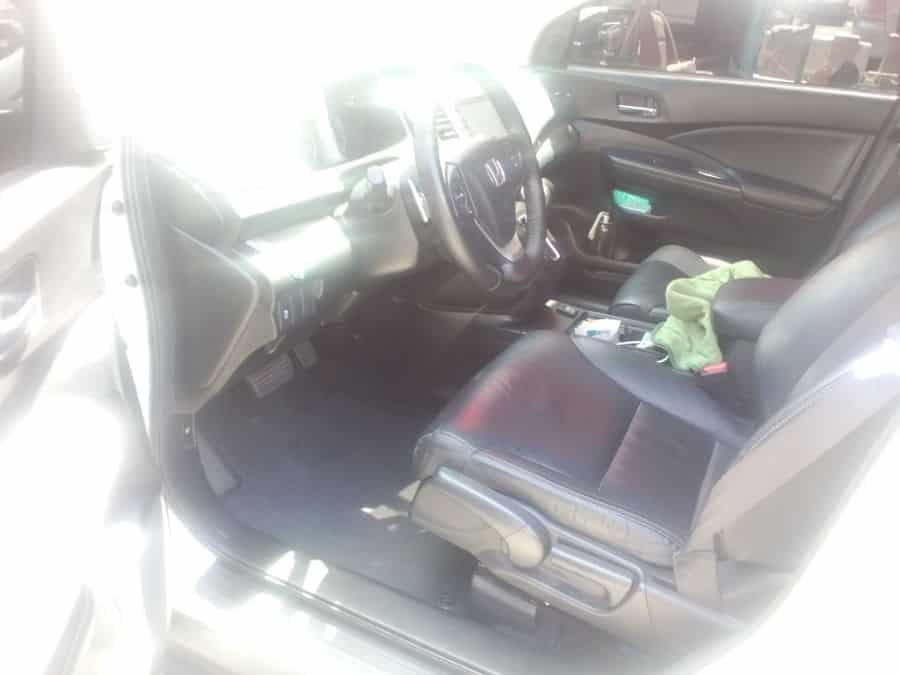 2016 Honda CR-V - Interior Rear View