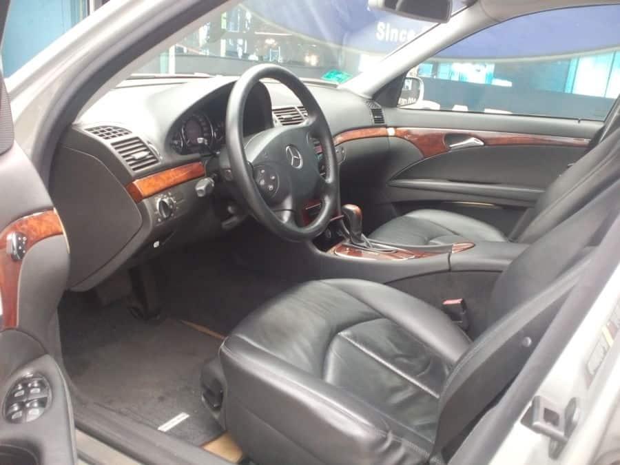 2005 Mercedes-Benz E200 - Interior Front View