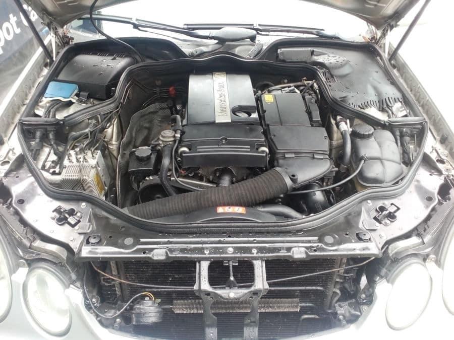 2005 Mercedes-Benz E200 - Interior Rear View