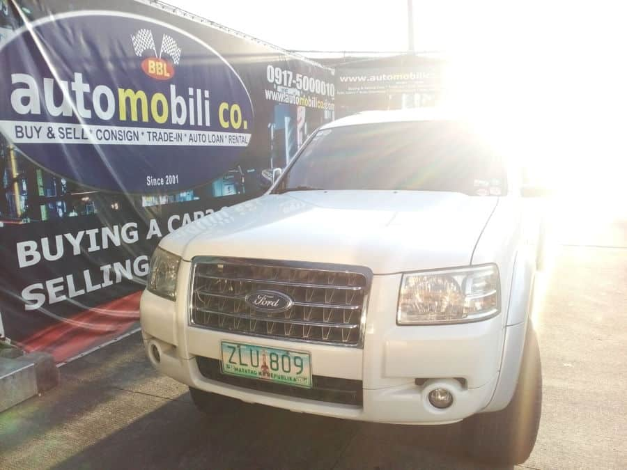 2007 Ford Everest - Front View