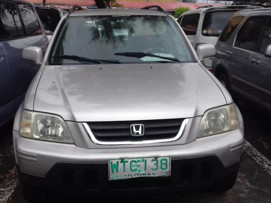 2001 Honda CR-V - Front View