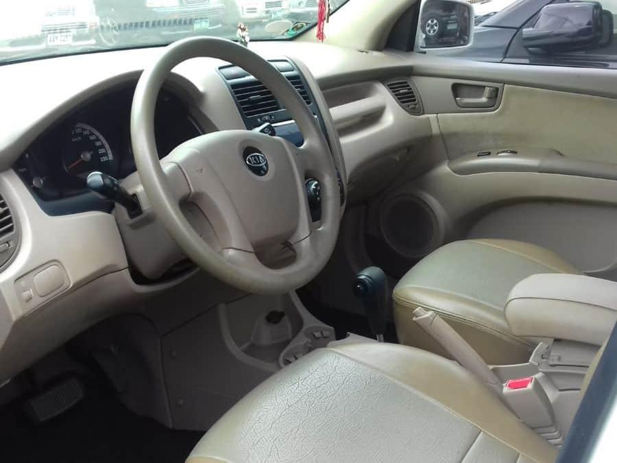 2007 Kia Sportage - Interior Front View
