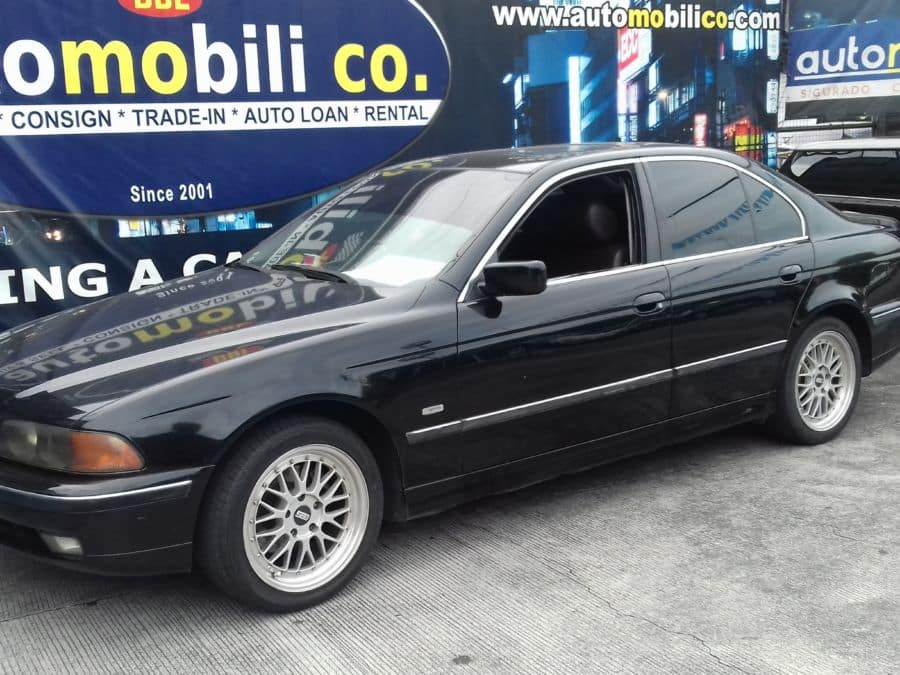 1997 BMW 528i - Left View