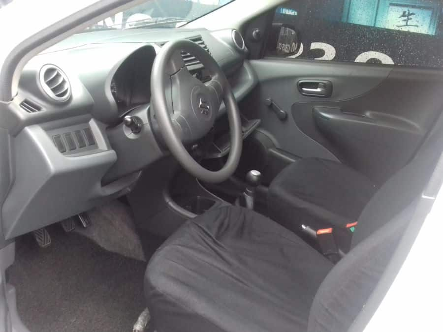 2013 Suzuki Celerio - Interior Front View