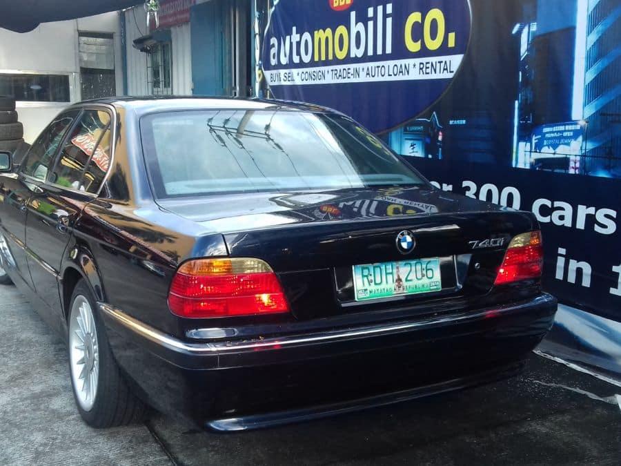 1994 BMW 740i - Rear View