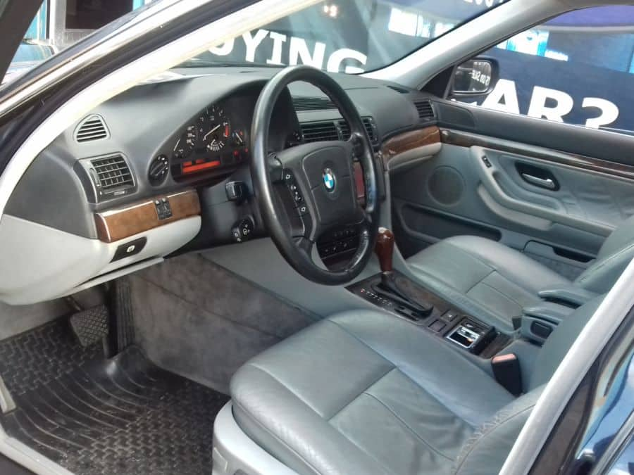 1994 BMW 740i - Interior Front View