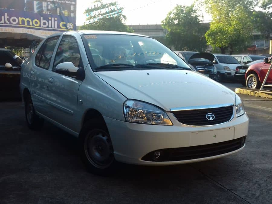 2016 Tata Indigo - Right View