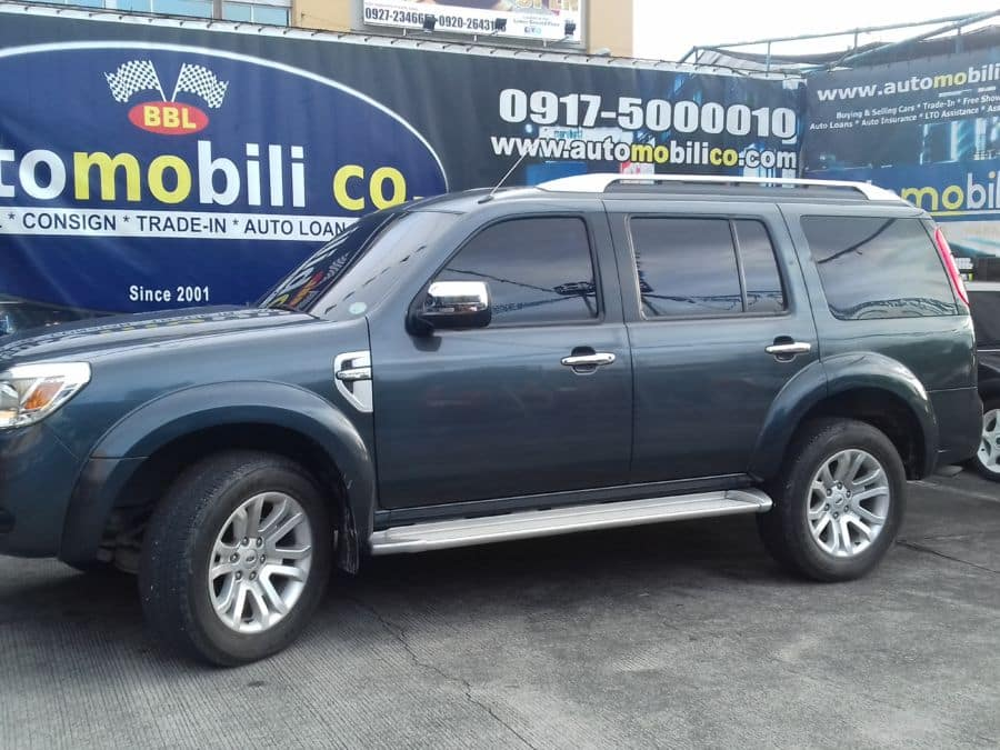 2015 Ford Everest - Left View