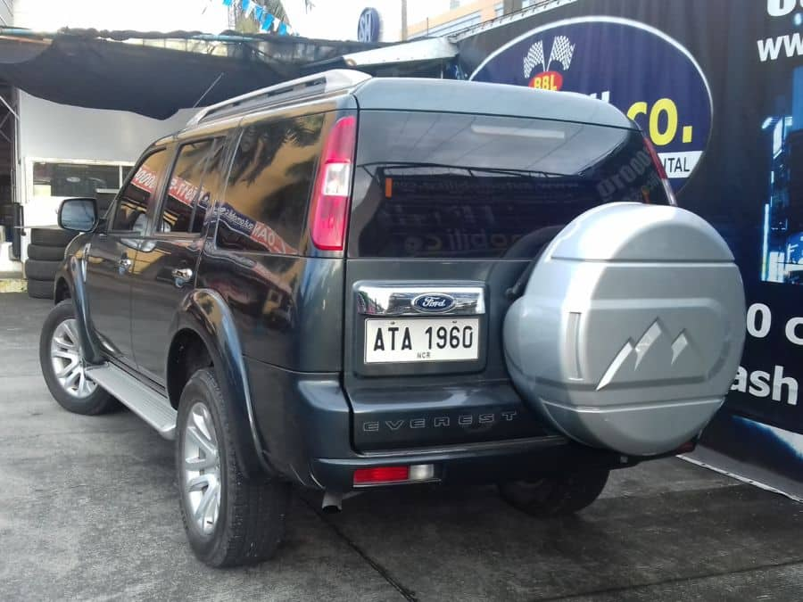 2015 Ford Everest - Rear View