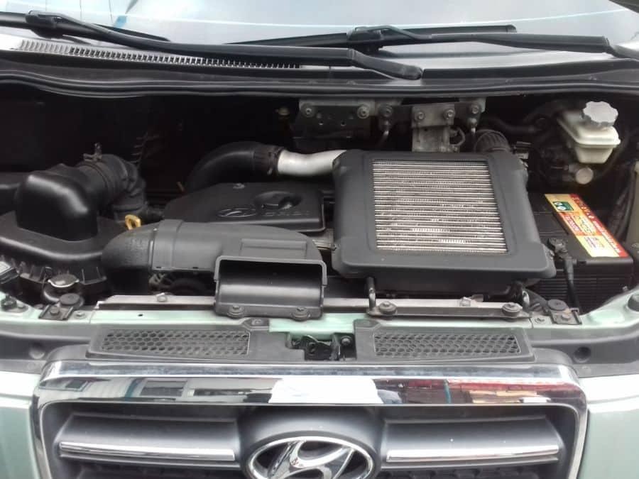2006 Hyundai Starex - Interior Rear View