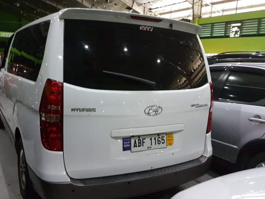 2015 Hyundai Grand Starex - Interior Rear View