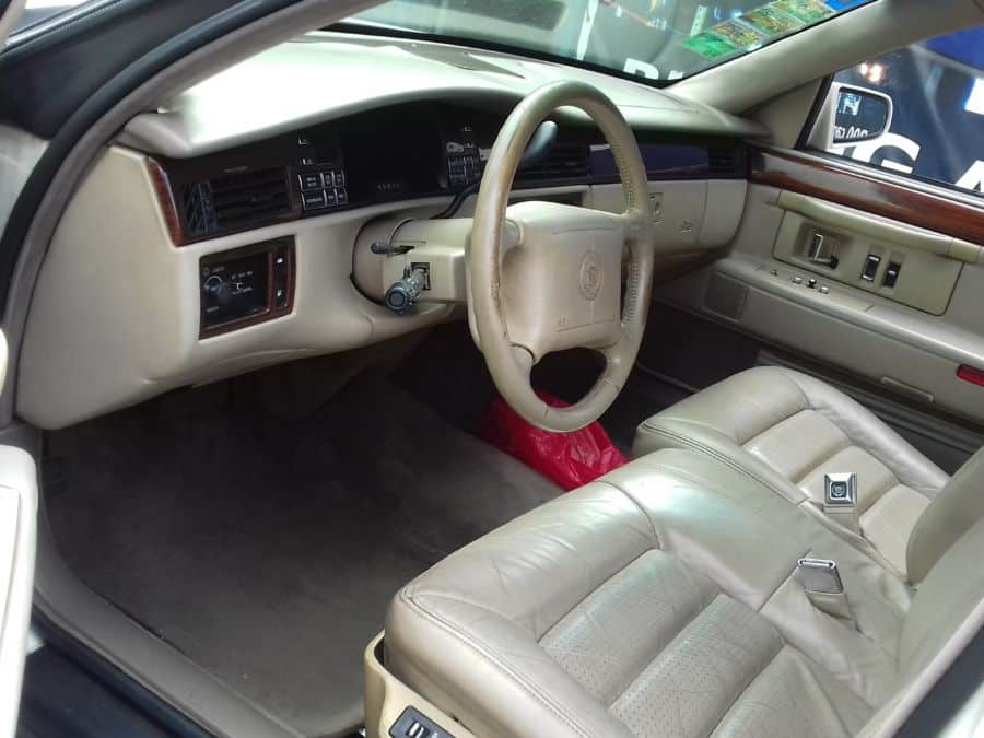 1994 Cadillac DeVille - Interior Front View