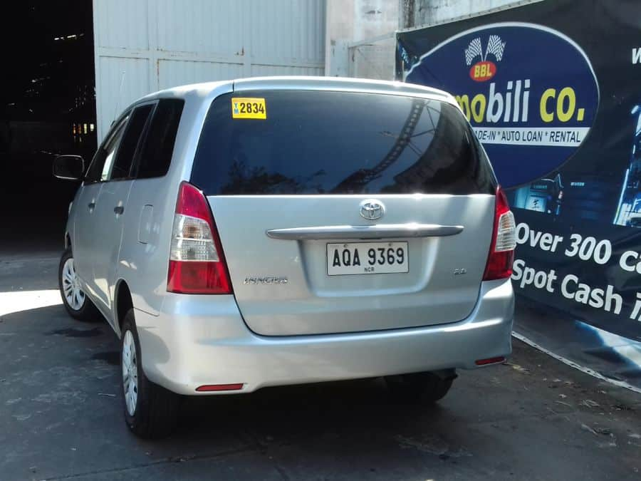 2015 Toyota Innova - Rear View