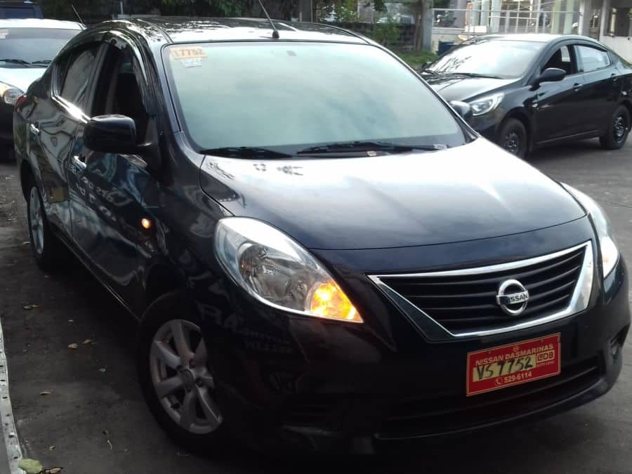 2015 Nissan Almera - Right View