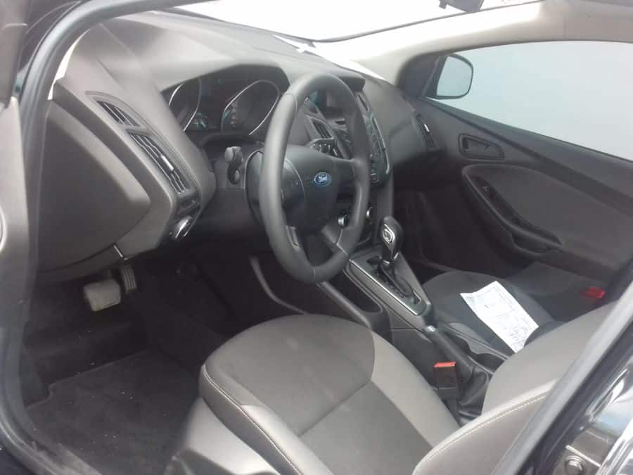 2014 Ford Focus - Interior Front View