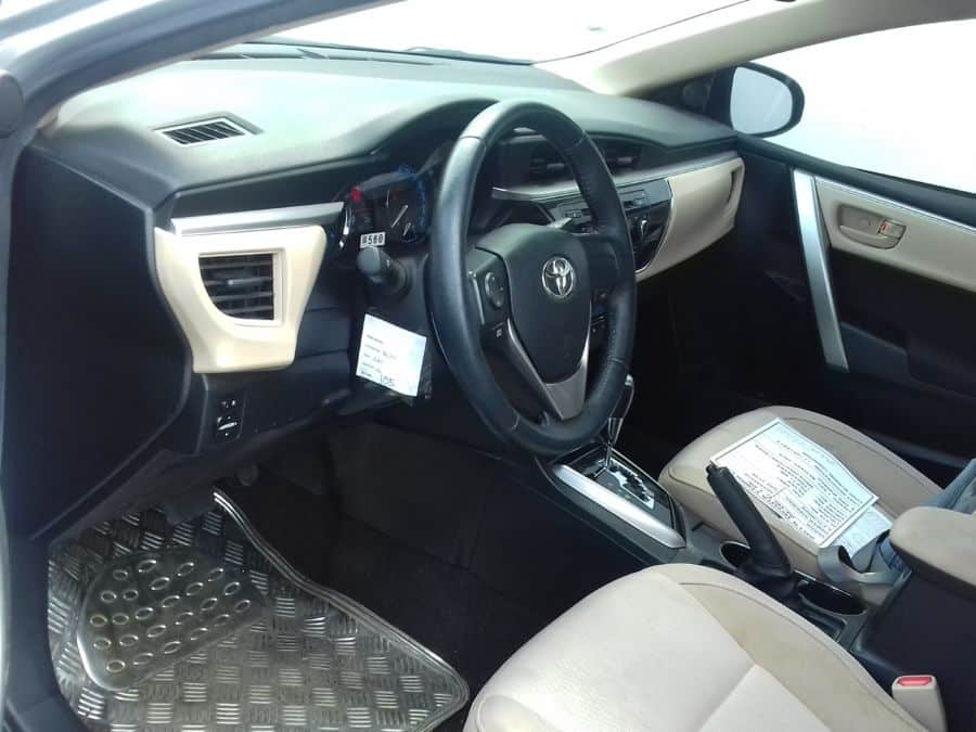 2014 Toyota Corolla - Interior Front View