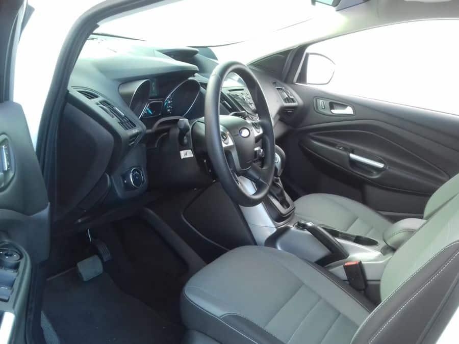 2015 Ford Escape - Interior Front View