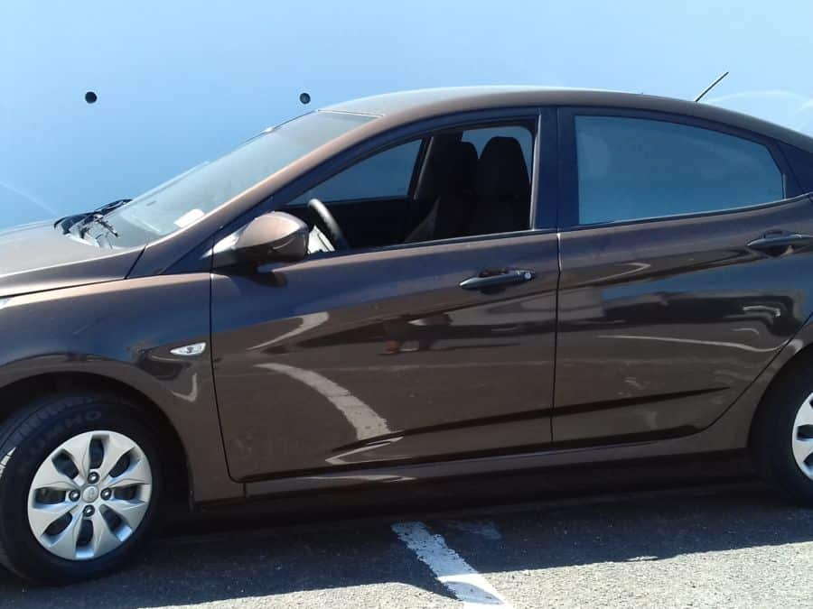 2015 Hyundai Accent - Left View