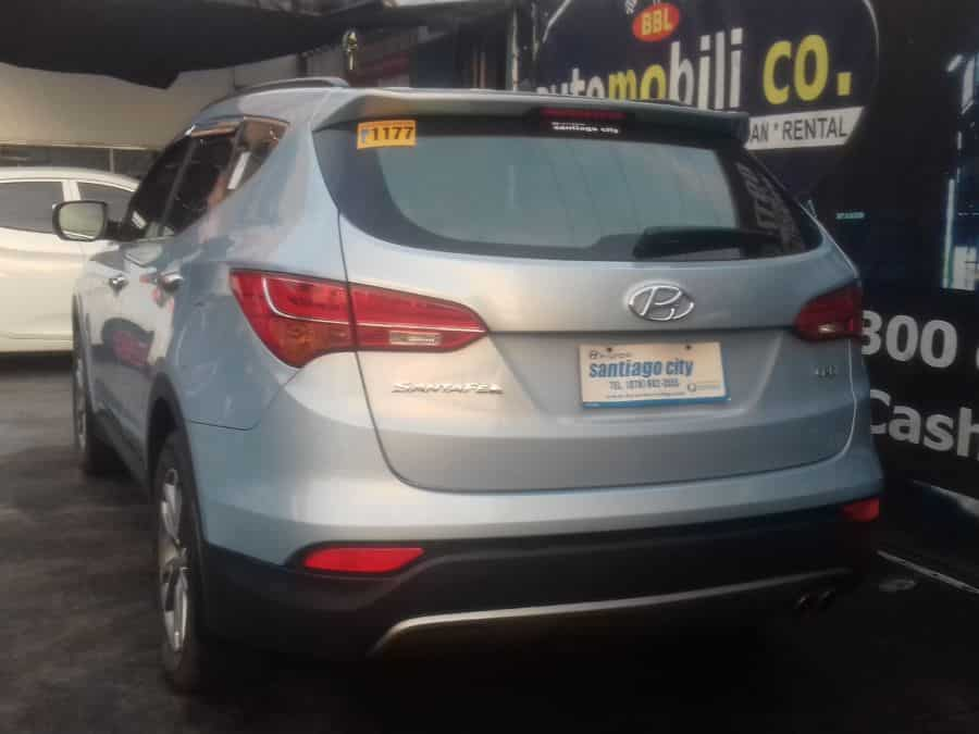 2014 Hyundai Santa Fe - Rear View