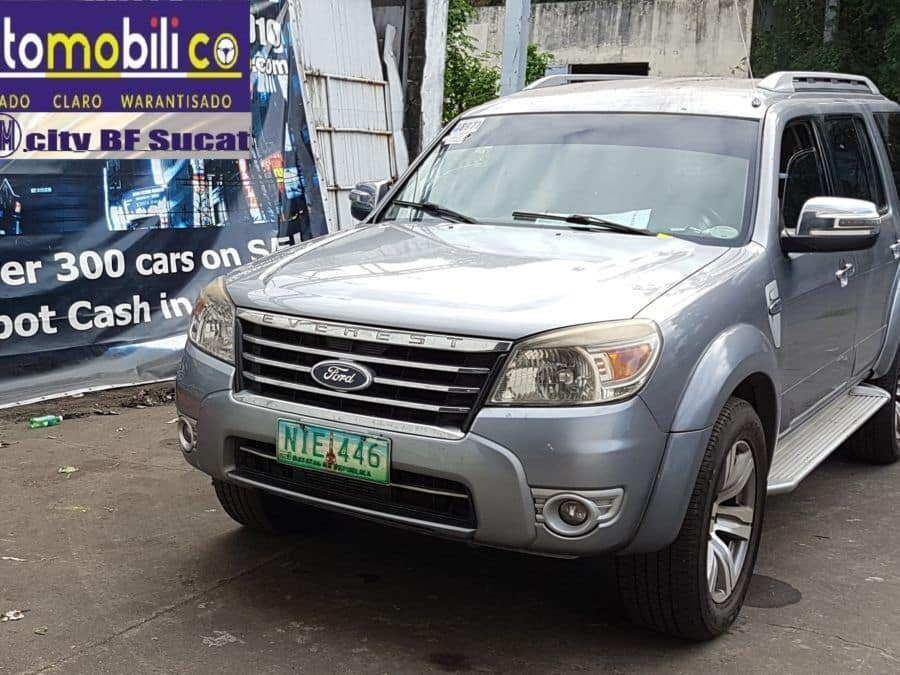 2010 Ford Everest - Front View