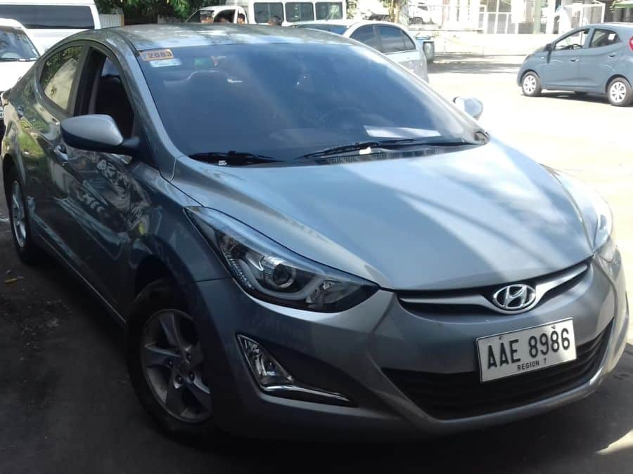 2014 Hyundai Elantra - Right View