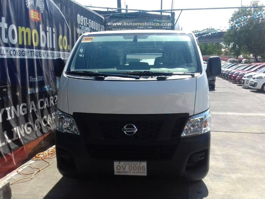 2015 Nissan NV350 Urvan - Front View