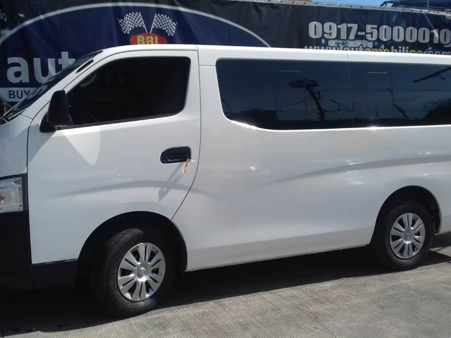 2015 Nissan NV350 Urvan - Left View