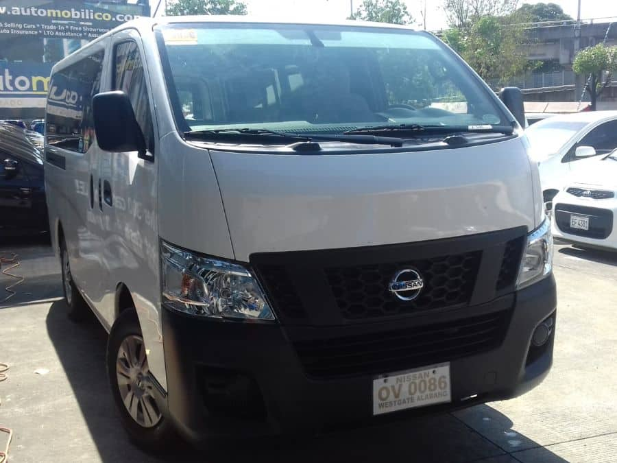 2015 Nissan NV350 Urvan - Right View
