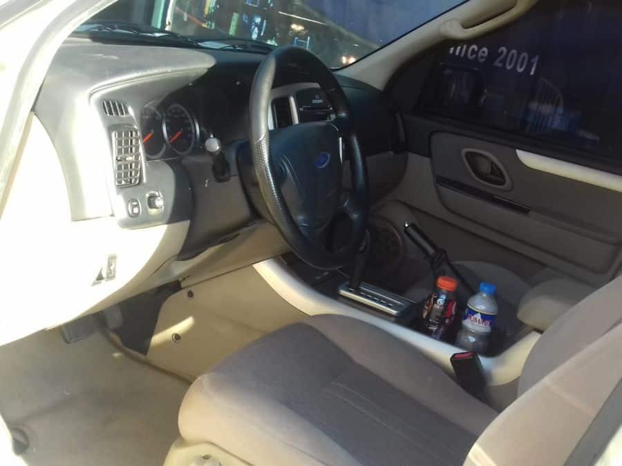 2013 Ford Escape - Interior Front View